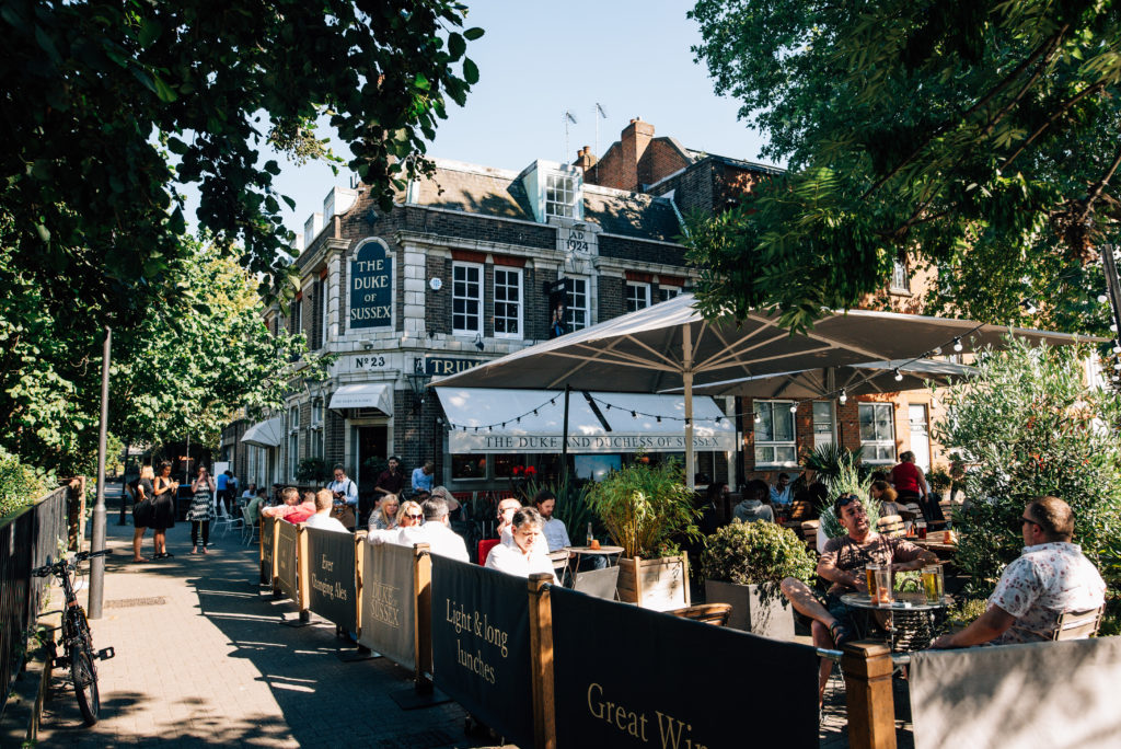 The Road Book >> Duke of Sussex | Hippo inns pub Gallery near River Thames, London